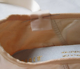 How to sew Pointe shoes 5
