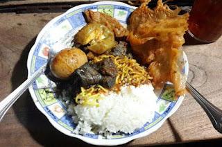 Kuliner Indonesia - Nasi Cumi