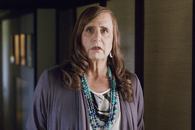 Maura Pfefferman (Jeffrey Tambor) dans Transparent, série de Jill Soloway (2014-)