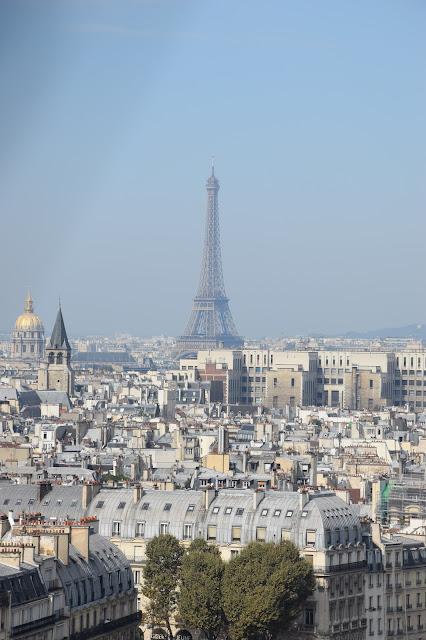 Paryż w pigułce #2 - La Tour Eiffel - zdjęcie 3 - Francuski przy kawie