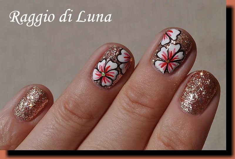 Raggio di luna nails uv gel manicure with free hand nail art bp uv gel top coat polish acrylic colours round golden glitter nail art sequins prinsesfo Image collections