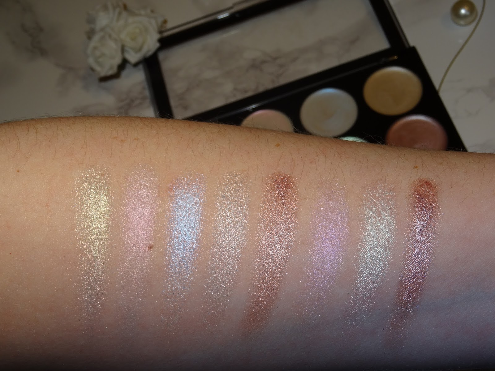 Makeup Revolution Ultra Strobe Balm Palette Swatches