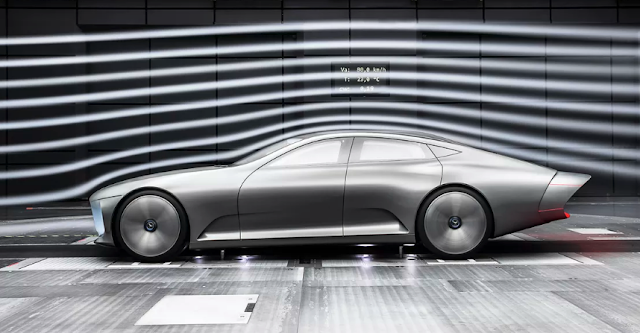 The Mercedes-Benz Concept IAA can 'transform' at high speed