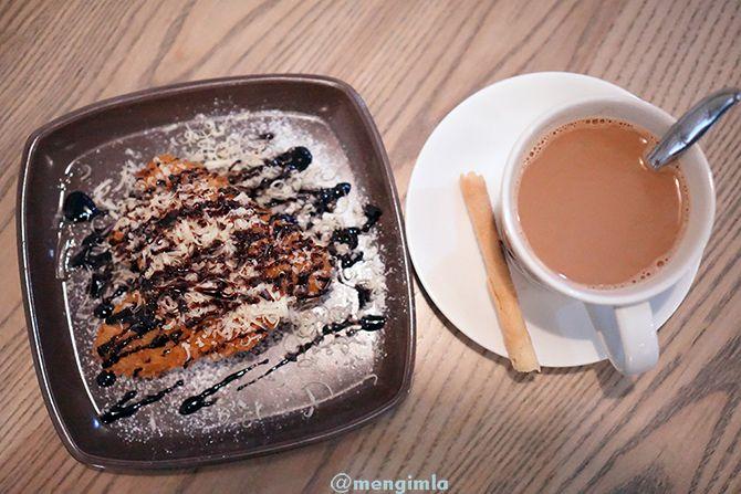 Tea Tarik dan Pisang Coklat