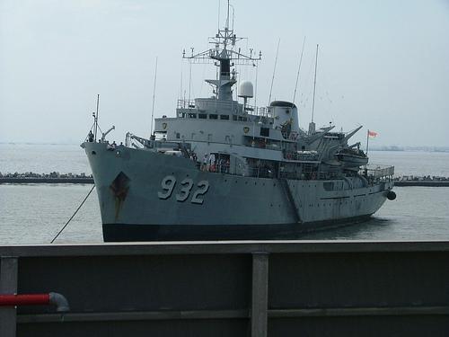 Lanal Kotabaru Adakan Open Ship KRI Dewa Kembar-932 Untuk Masyarakat