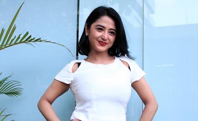 Download Kumpulan Lagu Dewi Persik Mp3 Full Album Terbaru
