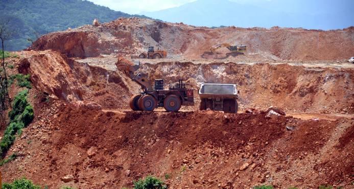 Gobierno busca incremento de regalía minera con propuesta de reforma a ley