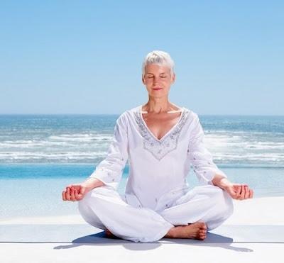 Tư thế cơ bản luyện hít thở đúng cách