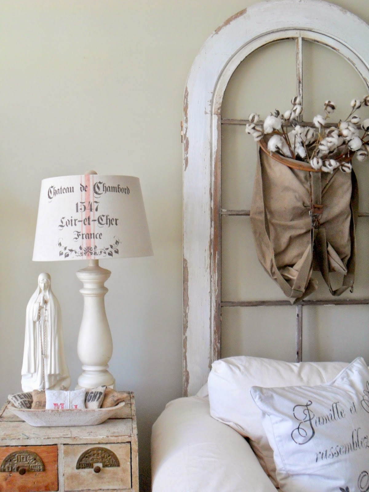 must love junk: Living Room Vignettes