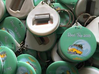Jual Gantungan Kunci Murah - 250 Pcs Gantungan Kunci Buka Botol 4,4 cm - Road Trip UGM 2019