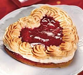 """торты, торты """"Сердце"""", торты на День влюбленных, любовь, сердце, День Влюбленных, День святого Валентина, 14 февраля, торты праздничные, оформление тортов, блюда """"Сердце"""", декор тортов, сладости, десерты, рецепты, идеи оформления, советы кулинарные, стол праздничный, стол на день Влюбленных, торты романтические, ужин романтический, блюда романтические, любовь на тарелке рецепты кулинарные, кулинария, украшение тортов, торты своими руками, коллекция кулинарных рецептов, советы кулинарные, еда, праздники, стол праздничный, стол на день Влюбленных, торты романтические, ужин романтический, блюда романтические, праздники зимние, Пирог слоеный «Сердце» с клубникой, Пирожное «Розовре сердце» кокосово-клубничное, Лебеди из зефира для украшения торта (МК), Легкие Валентинки с малиновым муссом, Торт-сюрприз «I Love you», Торт «Абрикосовое сердце» с маскарпоне, Торт «Валентинка» с глазурью и желе, Торт «Люблю тебя» с засахаренными розами и пралине, Торт «Лебединое озеро» с лимонным кремом, Торт «Поцелуй» с шоколадной аппликацией, Торт «Сердечко» с эклерами и вишней, Торт «Сердце для любимой» с меренгами и вареньем Торт 'Сердце' с ананасами, клубникой и киви Торт «Сердце» с клубничным джемом, кремом и вишней, Торт «Сердце» с кремом из нутеллы, Торт слоеный «Услада сердца» с творожным кремом, Торт «Услада моего сердца» с шоколадной помадкой, Торт «Шоколадное сердце», Торт «Шоколадное сердце» со сметанным кремом, Торт шоколадный «Сердце» с двойным муссом, Украшение торта кремовыми сердечками (МК), Украшение торта круглыми конфетами (МК), блюда в форме сердца, блюда на день влюбленный, меренги, торт """"Сердце"""", торт на День влюбленных, торт с вареньем, торт с меренгами"""