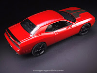 1/25 Scale '09 Dodge Challenger Plastic Model Kit