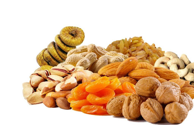 Disadvantage Of Taking High Amounts of Dry Fruits