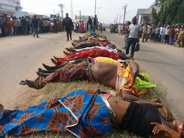 More Than 20 Persons Returning From Cross Over Services Killed By Unknown Gunmen In Rivers State (Graphic Photos)