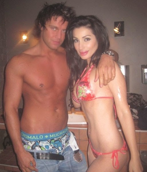 Bollywood Celebrities Restricted And Leaked Photos  Hot -8325