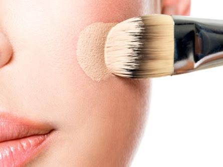 Hati-Hati! Kesalahan Makeup Sepele Ini Kerap Dilakukan Wanita