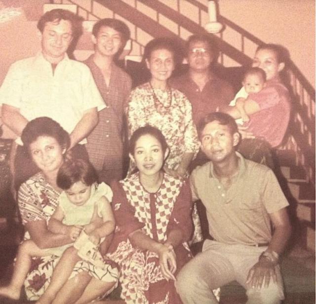 Giliran Prabowo Posting Foto Nostalgia Bareng Titiek