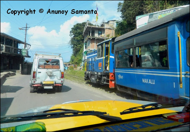 A failed Trip to Darjeeling - the temptation of Toy Train