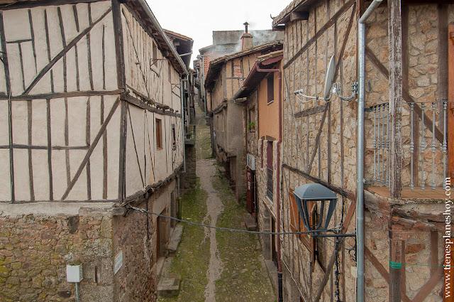 Miranda del Castañar pueblo encanto Salamanca Sierra Francia