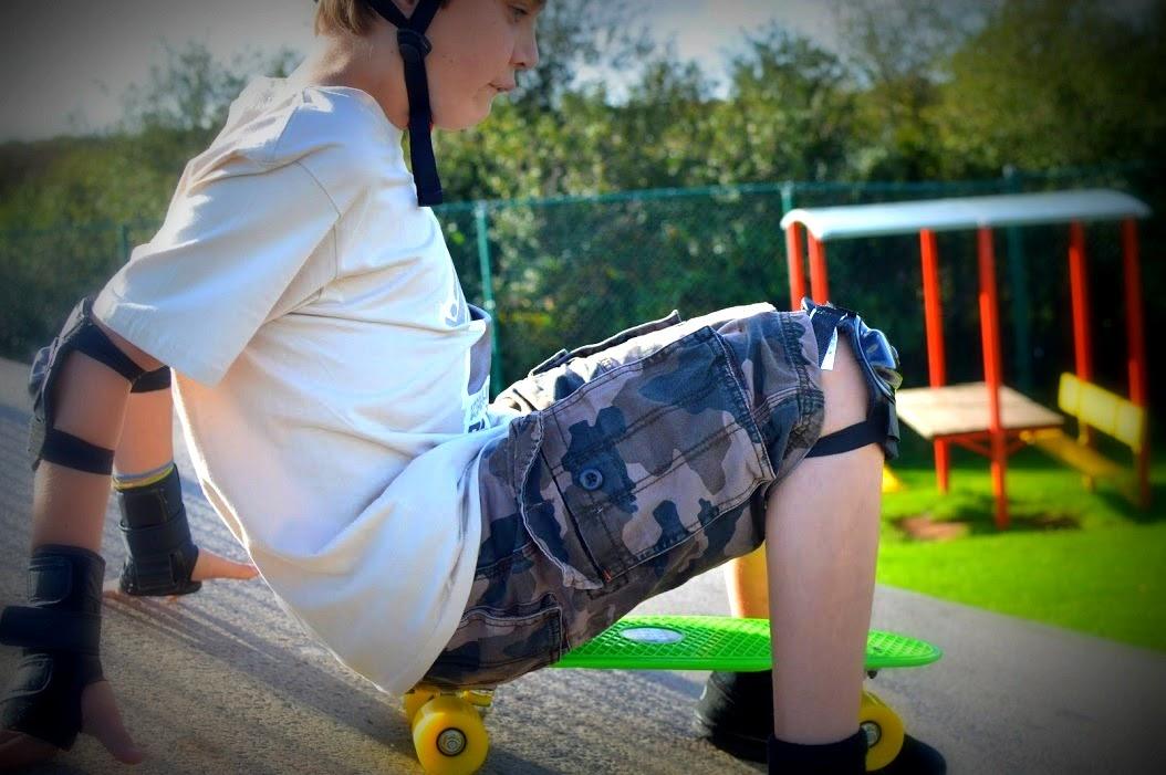 , Plain Lazy Retro Cruiser Skateboard and Tee Review