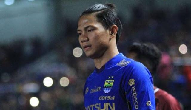 Keputusan Achmad Jufriyanto Putuskan Mundur Dari Persib Bandung