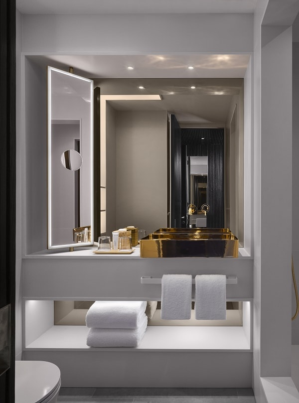 Nobu Hotel Shoreditch Bathroom