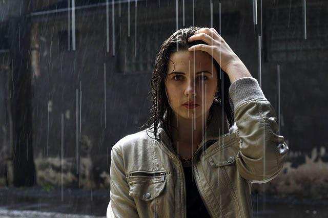 Pemuja Hujan yang Kasmaran Dalam Imajinasi