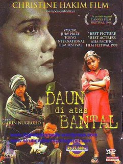 Download film Daun Di Atas Bantal (1998) VCDRip Gratis