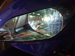スフィアライト LEDヘッドライトバルブ H4は暴力的に明るい稲妻光です。