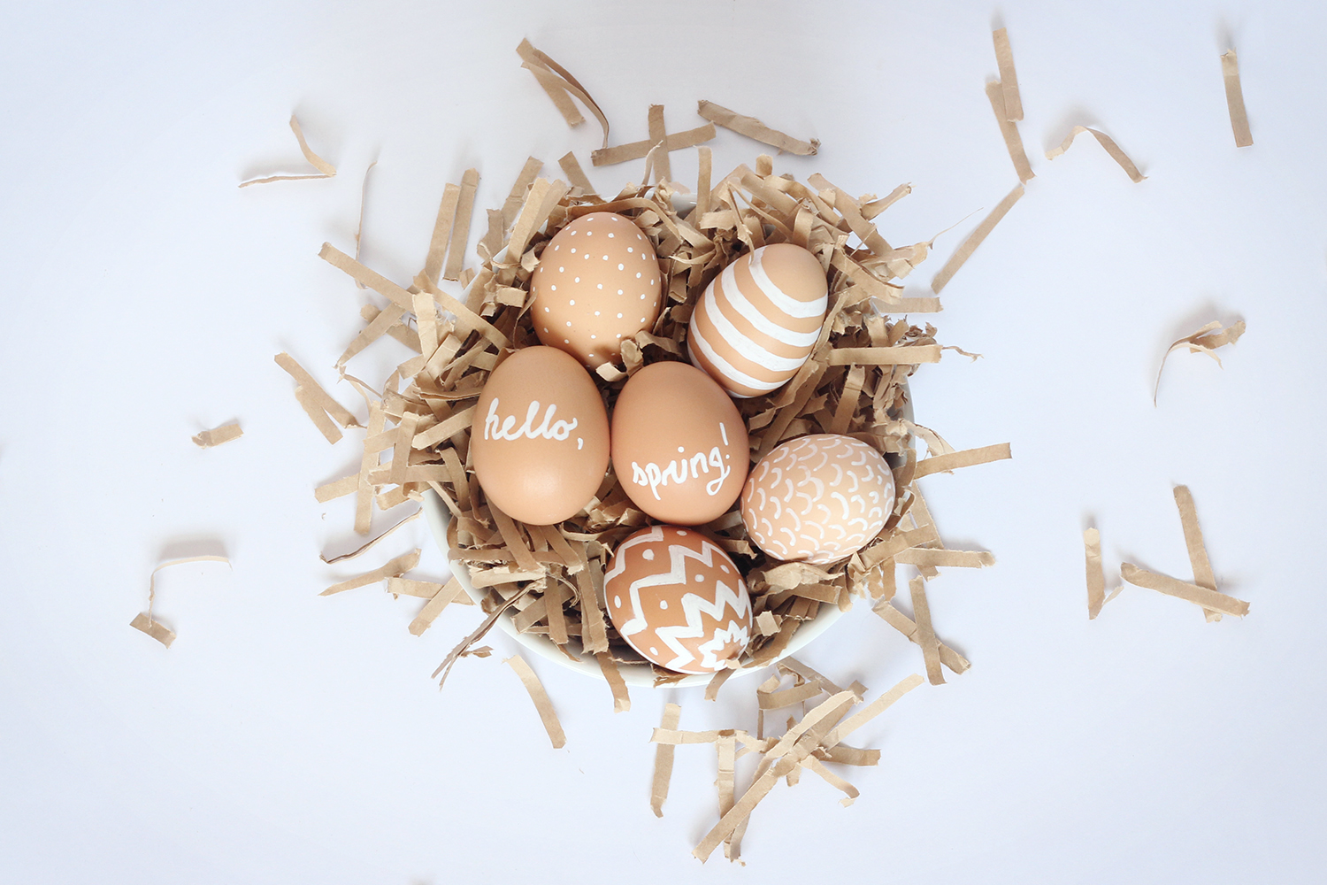 Decorate eggs using non-toxic chalk paint