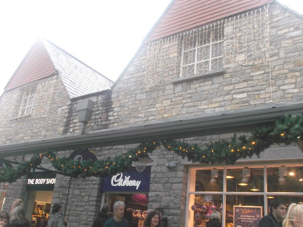 Christmas Shopping in Clarks Village