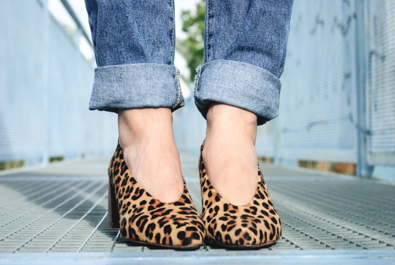 animal print shoes look