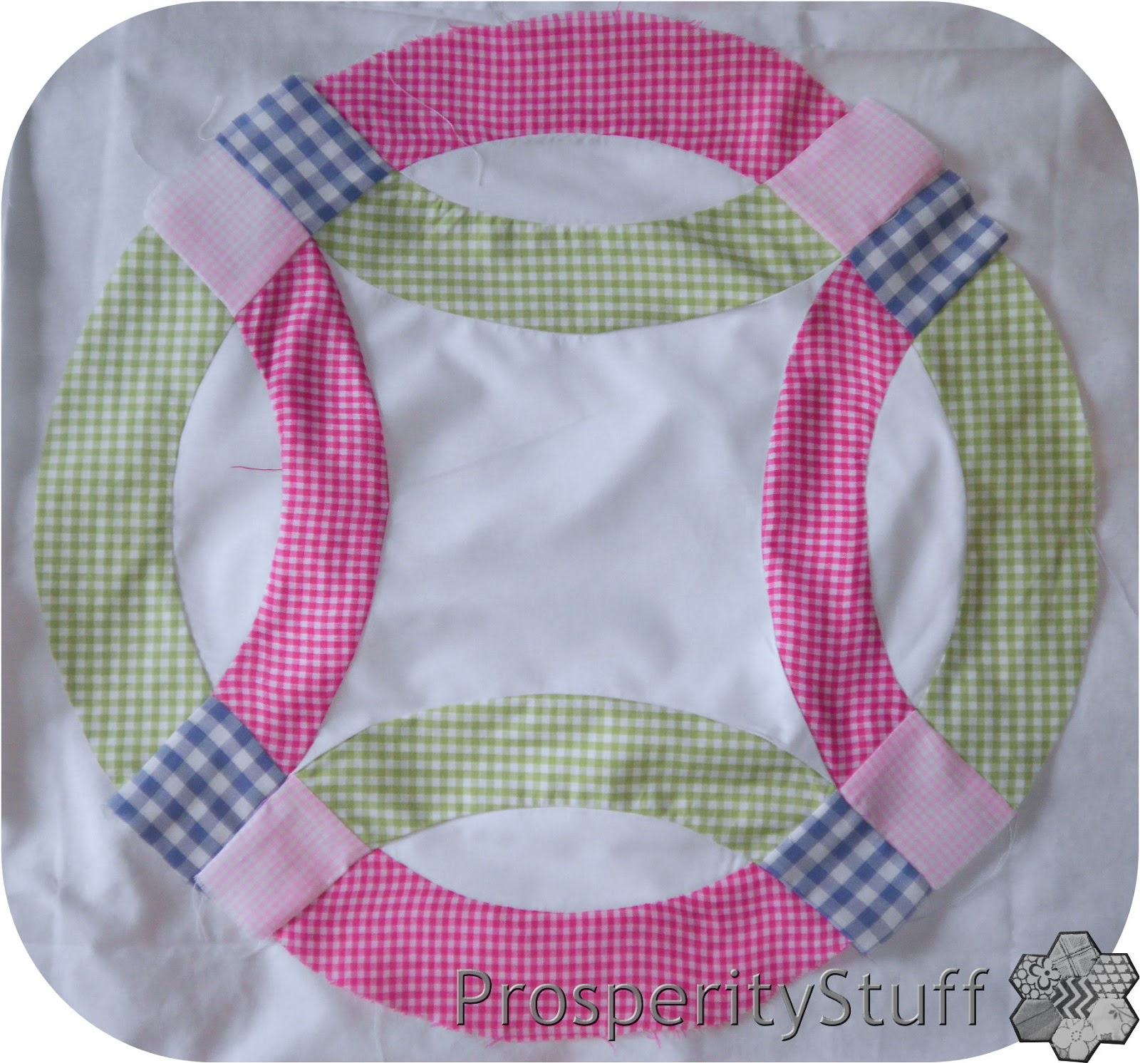 ProsperityStuff Quilts Double Wedding Ring Gingham style