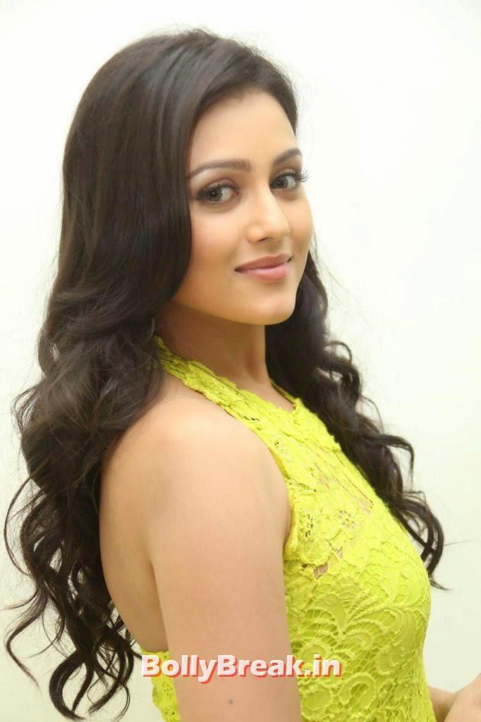 Mishti Chakraborty Pictures, Mishti Chakraborty hot Hd Images in Green Dress