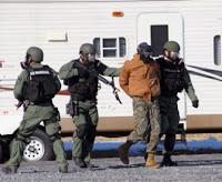 Anggota US Marshal saat bertugas