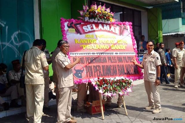 Prabowo Buka Posko di Dekat Rumah Jokowi, PDIP Kirim Karangan Bunga