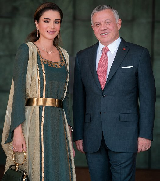 Queen Rania carried Chloé Nile bracelet bag. Queenrania wearing Tiigan fine jewelry earring. Princess Salma