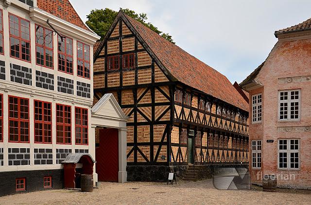 Den Gamle By - główna atrakcja turystyczna w Aarhus w duńskim Aarhus
