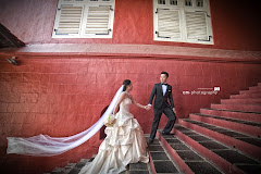 red building in melaka pre-wedding
