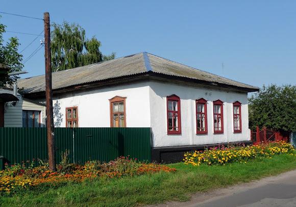 Нежин. Школа № 12 на ул. Васильевской