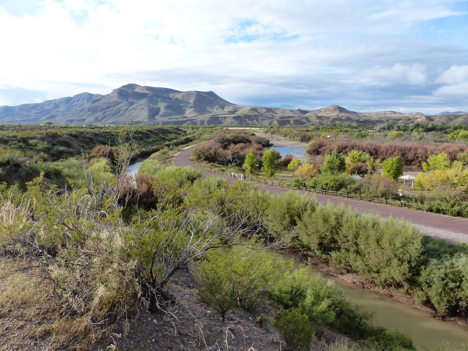Easily Book Campgrounds and RV Parks in Santa Fe
