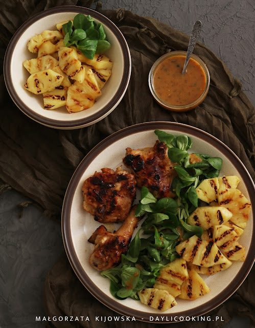 marynata do dań z grilla, w czym zamarynowac mięso na grilla, jak się robi sos winegret, przepis na sos vinaigrette, sprawdzony przepis na marynatę do mięsa, daylicooking, dania na majówkę