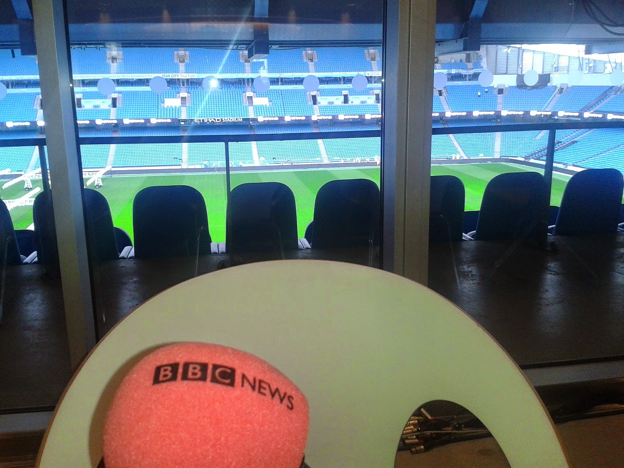 Radio 5 Live Pie Review at Etihad Stadium