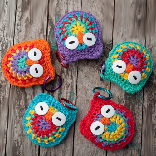 Crochet Owl Keychain Pattern and Tutorial - Darice | 500x500