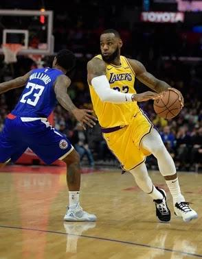 Regreso de LeBron  hace a los Lakers un 25 por ciento mejores