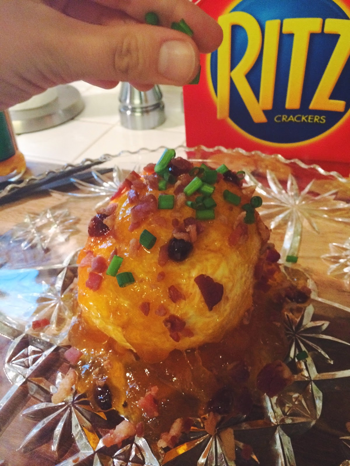 Chutney Bacon Green Onion Cheese Ball Recipe Trendy in Texas