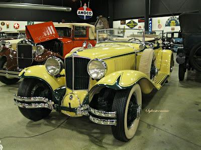 1929 Cord L-29 - Tupelo Automobile Museum - Photo by Cynthia Sylvestermouse