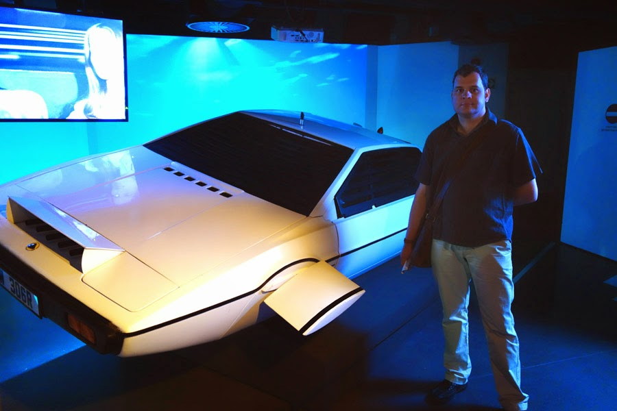 Lotus Esprit, Bond in Motion, London Film Museum