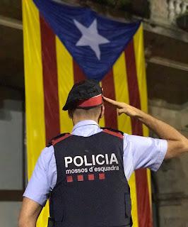 ¡¡ REBELIÓN EN MARCHA !!, LA FACCIÓN SEPARATISTA DE LA POLICÍA AUTONÓMICA CATALANA ACABA DE EMITIR UN COMUNICADO DICIENDO QUE LA ÚNICA AUTORIDAD QUE RECONOCEN ES LA DEL PRESIDENTE GOLPISTA PUIGDEMONT