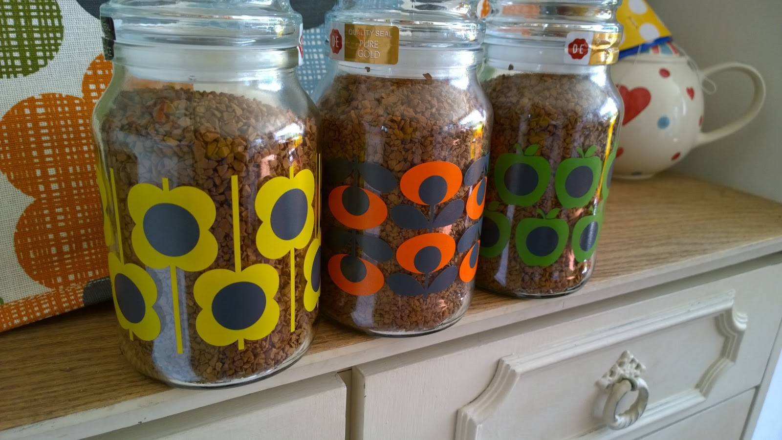 Cool Coffee Courtesy Of Orla Kiely To Become Mum